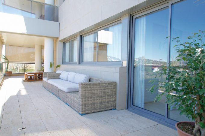 Nueva Ibiza 3 bedroom apartment seasonal rental