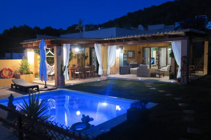 Semi-detached villa sale with spectacular sea views Cala Moli