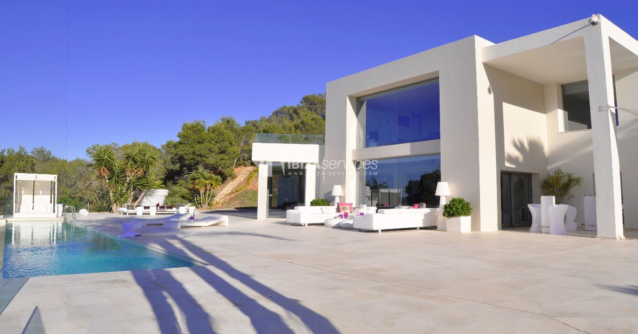 Luxury 8 bedrooms Ibiza villa Elisabeth to rent perspectiva 2