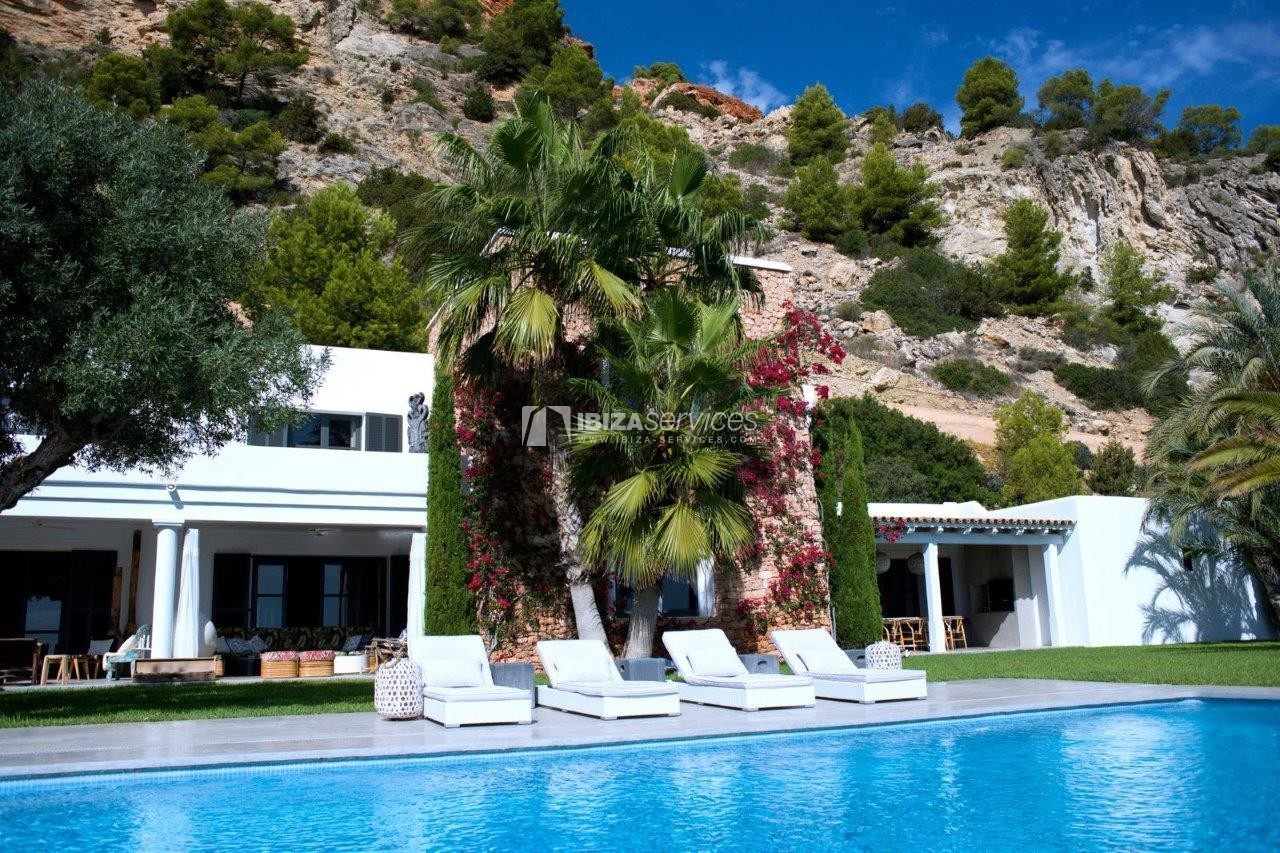 luxury 6 bedroom villa Es cubells holidays rental perspectiva 9