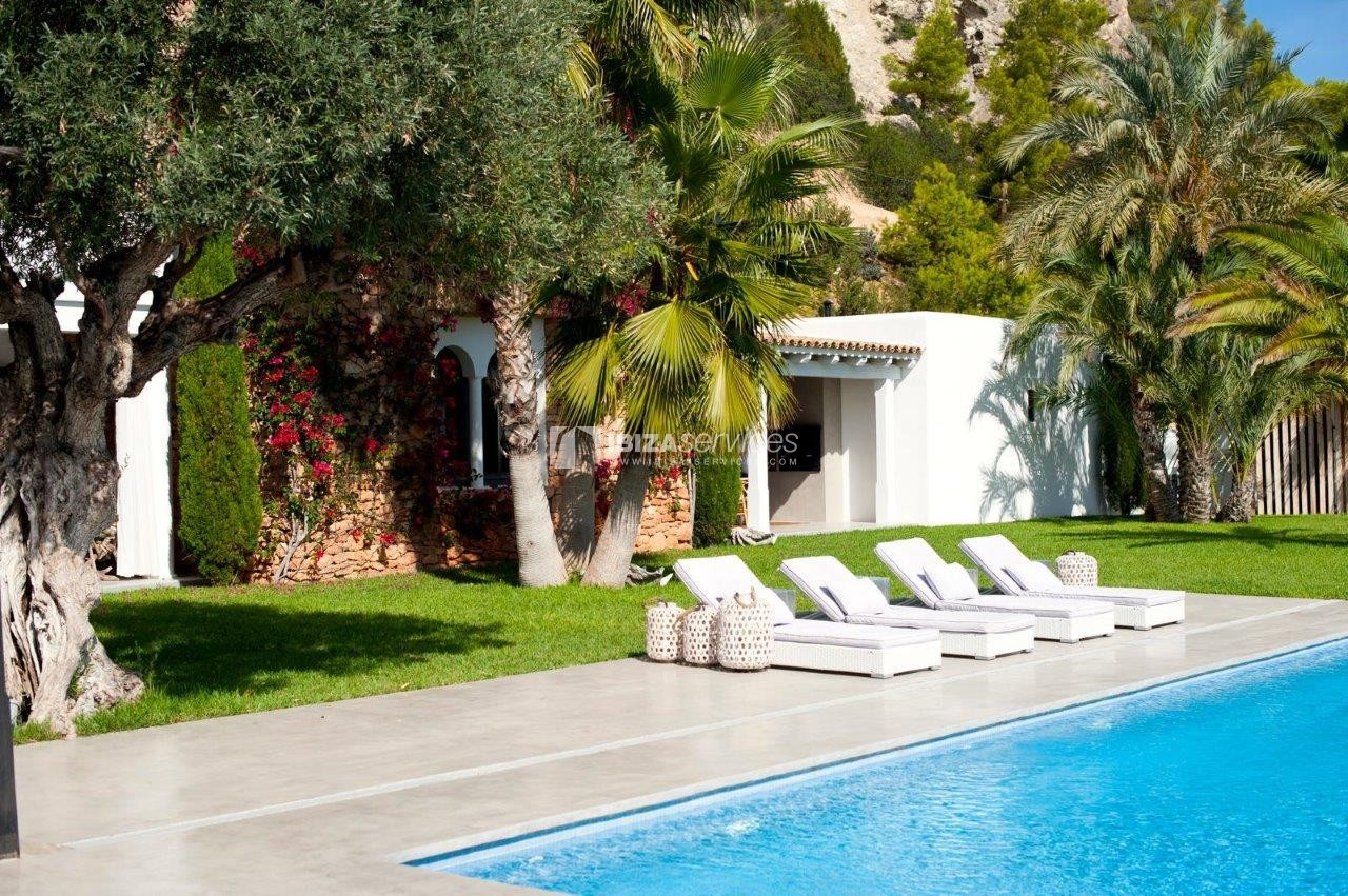 luxury 6 bedroom villa Es cubells holidays rental perspectiva 18