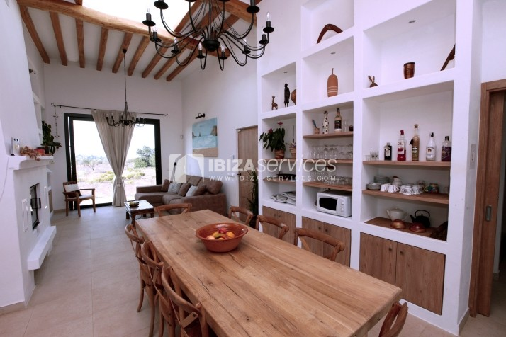 Rustic villa San Miguel 1 km from the beach perspectiva 15