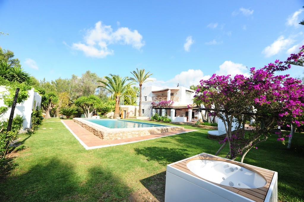 6 Bedrooms Villa in San Rafael to rent perspectiva 3