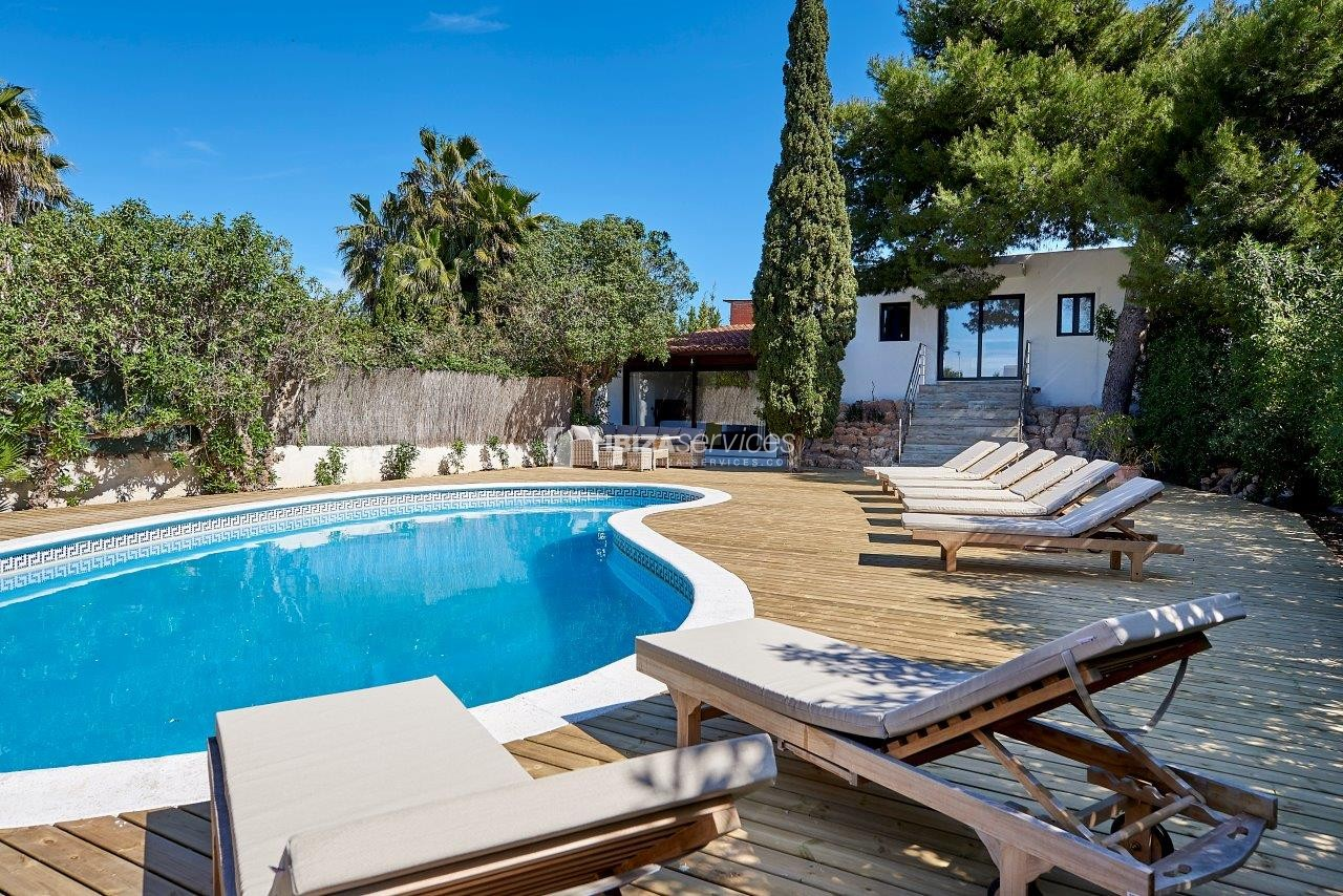 7  bedrooms villa for rent next to Ibiza city