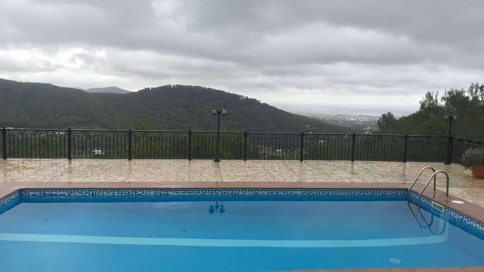 Annual rent house km3 with great views