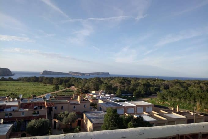 Apartment 3 bedrooms sea views Cala Conta