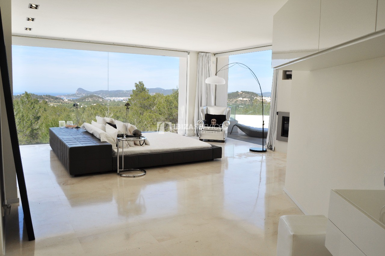 Luxury 8 bedrooms Ibiza villa Elisabeth to rent perspectiva 9