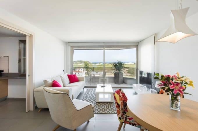 Winter rental beautifull 2 bedroom apartment paseo maritimo