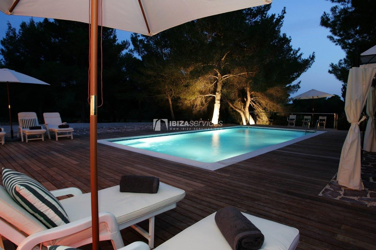 Holiday rental Cala Jondal charming villa for rent perspectiva 14