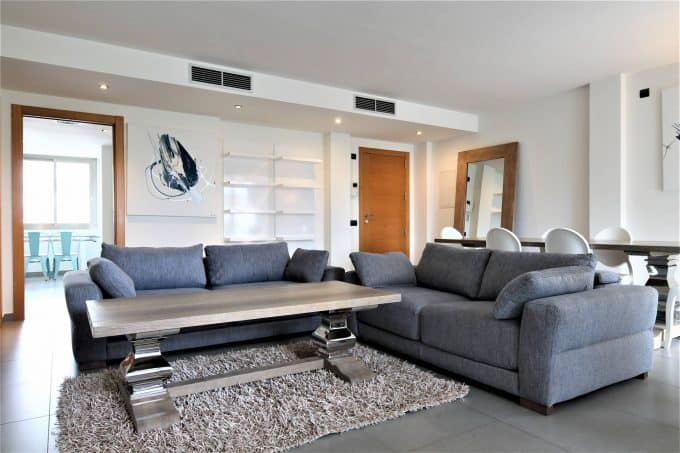 Paseo maritime annual rental 3 bedroom modern apartment