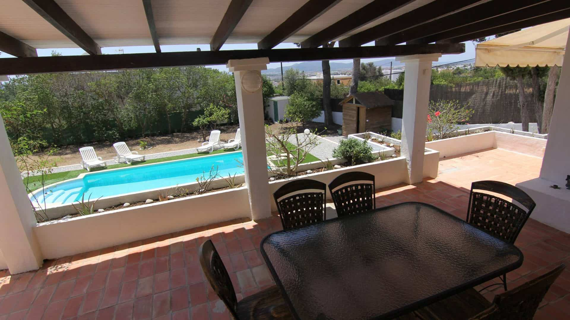 Authentic house for sale surrounded by nature Sa Carroca