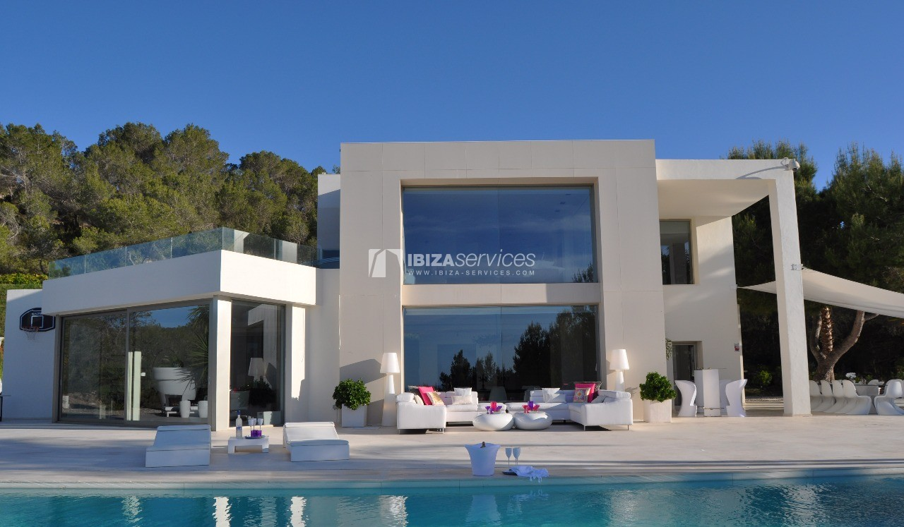Luxury 8 bedrooms Ibiza villa Elisabeth to rent perspectiva 1