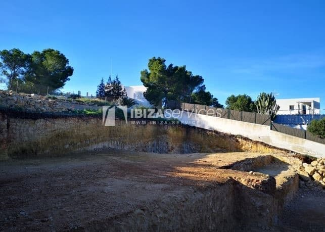 Plot with licenced project for sale Cala Moli