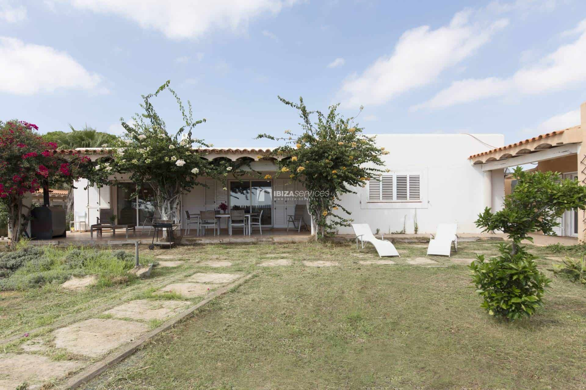 Property of 3 independent houses for sale St.Lorenzo perspectiva 5