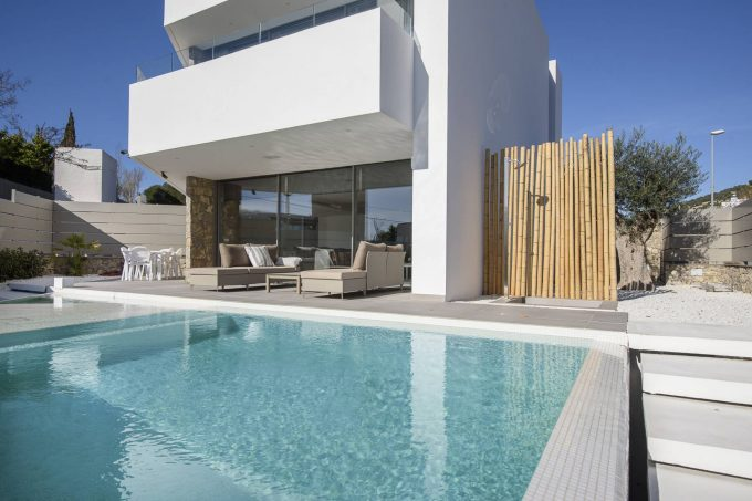 Exceptional property Ses Torres with sea views yearly rent