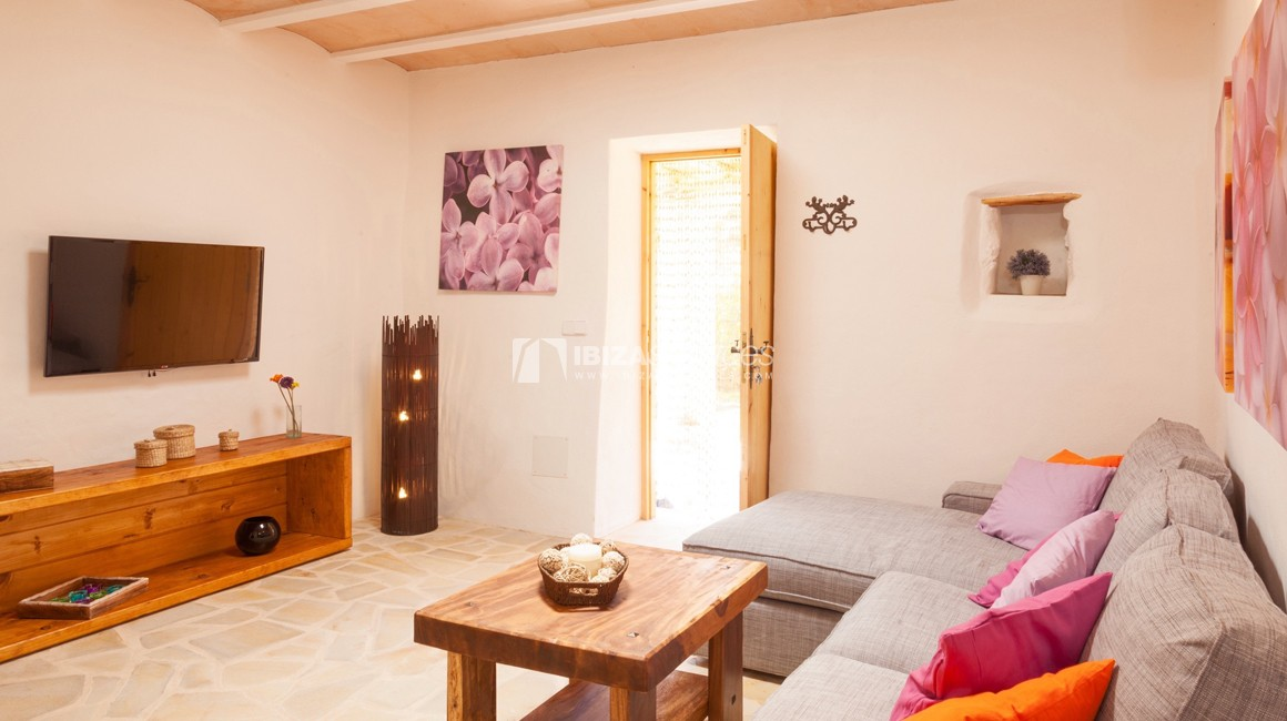 Small ibicencan style cottage for rent perspectiva 13