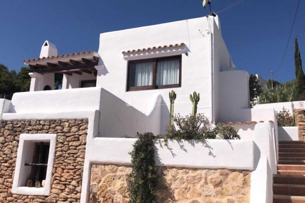 Long term Talamanca 2 bedroom house + guest apartment