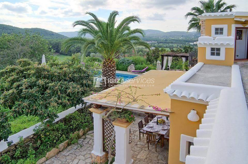 Typical ibiza country villa with pool facing sunset St.Miguel perspectiva 2