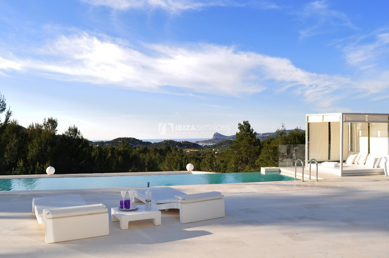 Luxury 8 bedrooms Ibiza villa Elisabeth to rent perspectiva 5