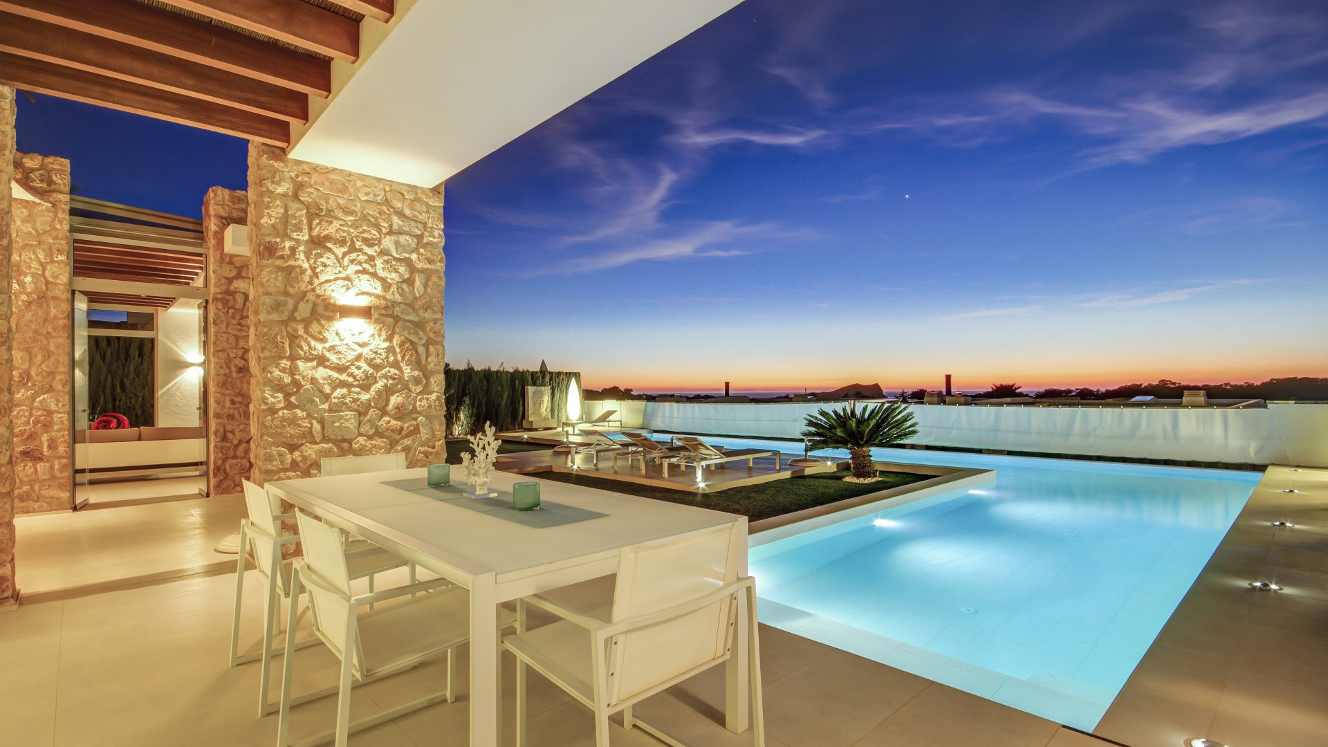 Luxury villa with sunset and sea views Cala Conta