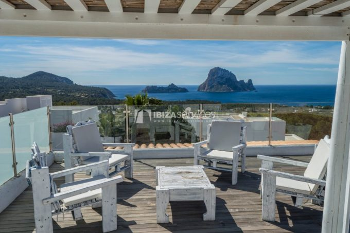 Seasonal rent semi-detached house view to Es Vedra